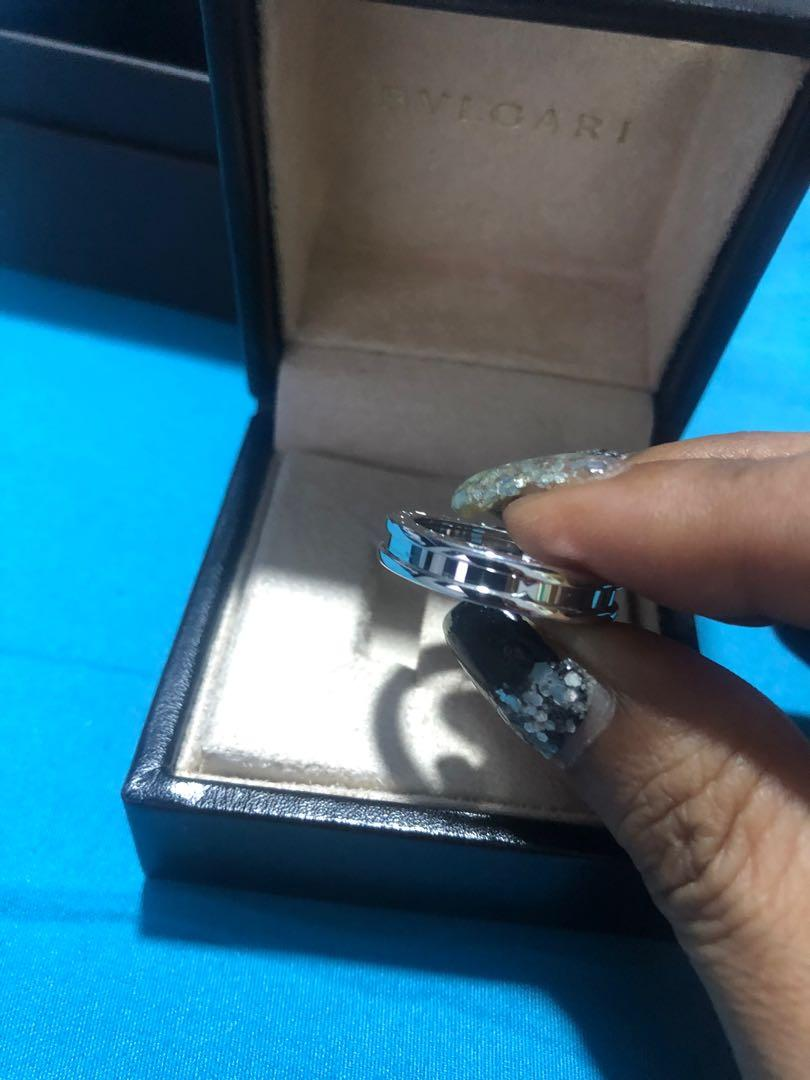 Brand new bvlgari b-zero white gold ring size 52. Fits slim finger for man too. Beautiful and classy. Complete set except receipt cos I have misplaced it. Totally brand new. Item is retailing at $1750 at boutiques. Major savings for a brand new piece!
