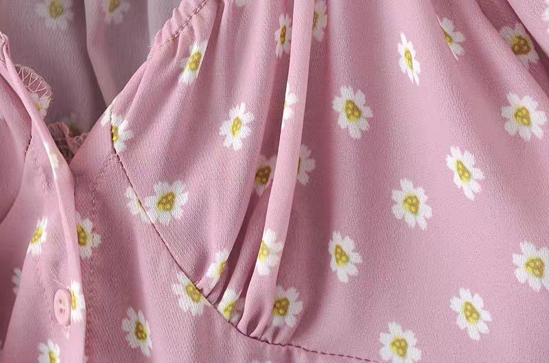 Smocked off-shoulder floral print chiffon cropped top
