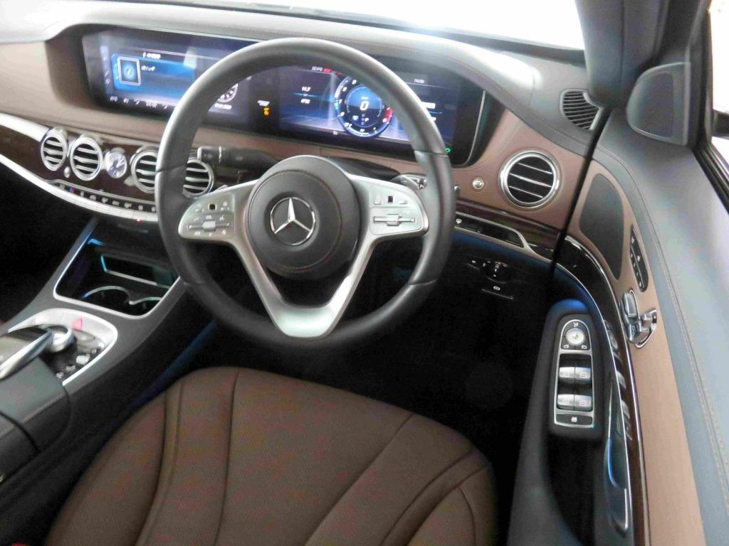 Mercedes-Benz S320 (A)