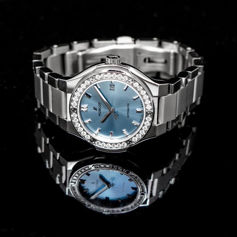 [NEW] Hublot Classic Fusion Titanium Light Blue Bracelet Automatic Blue Dial Diamonds Ladies Watch 585.NX.891L.NX.1204