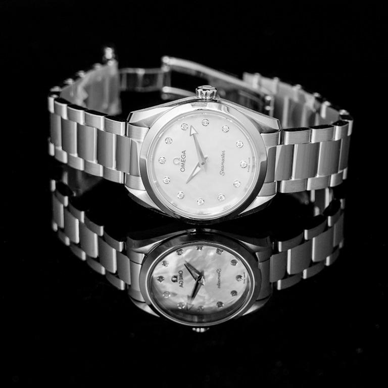[NEW] Omega Seamaster Aqua Terra 150M Quartz 28mm Quartz White Mother Of Pearl Dial Diamonds Ladies Watch 220.10.28.60.55.001