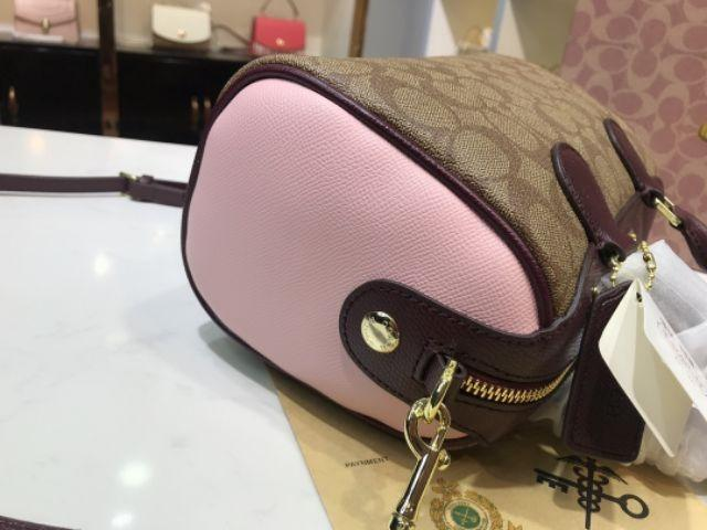 United States purchasing COACH / Galloping Classic Boston Pillow Bag Bucket Bag PVC Shoulder Messenger Bag Girl Bag 3 Colors Available P