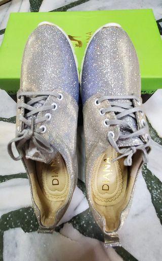DIANA休閒鞋25.5號(百貨專櫃女鞋)