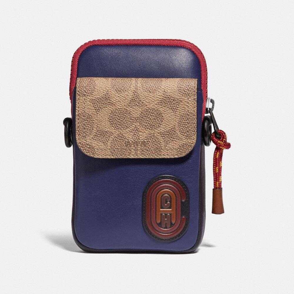 Authentic coach pacer convertible pouch in colourblock signature canvas with coach patch