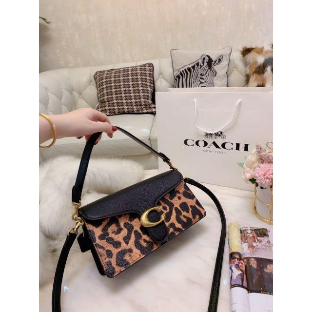 coach  New tobby Bacchus bag Messenger bag Women shoulder bag Envelope bag Shoulder bag Leopard bag Flip bag Handbag p9428