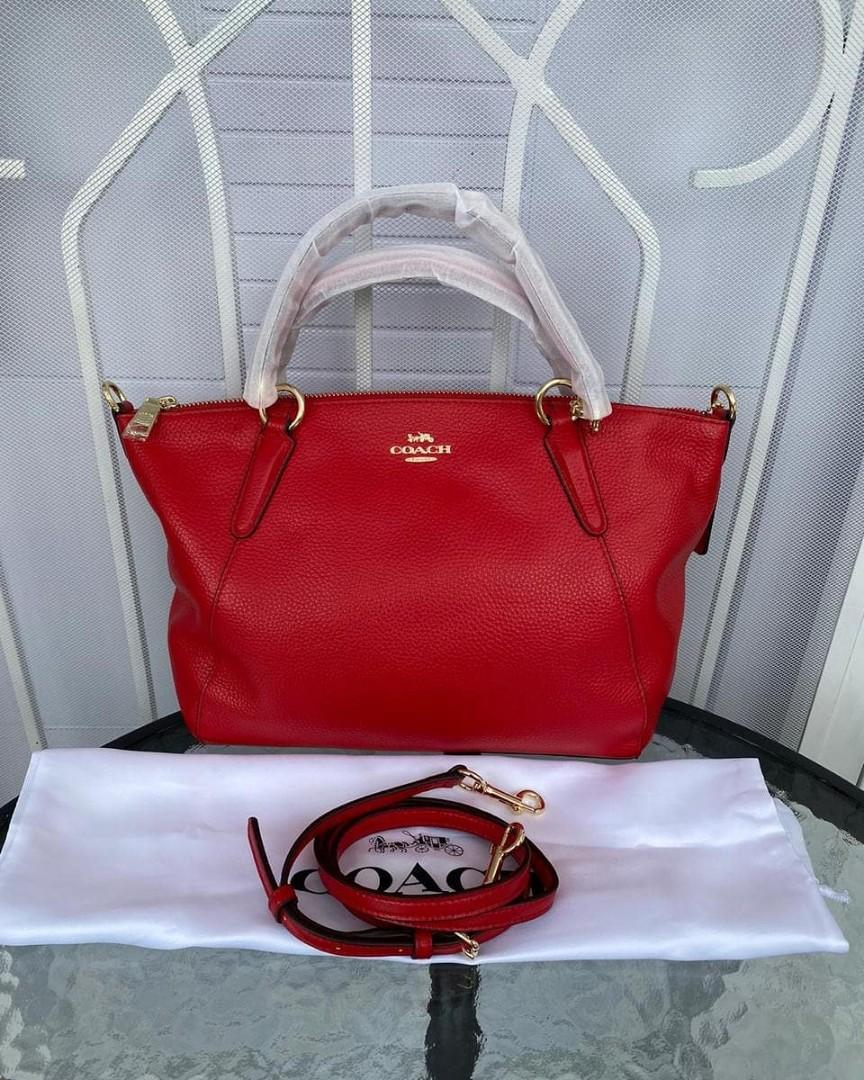 New coach Kelsey Red bahan leather size 25x23x6cm (panjang atas 34 cm) kondisi baru, mulus siapa cepat dia dapat