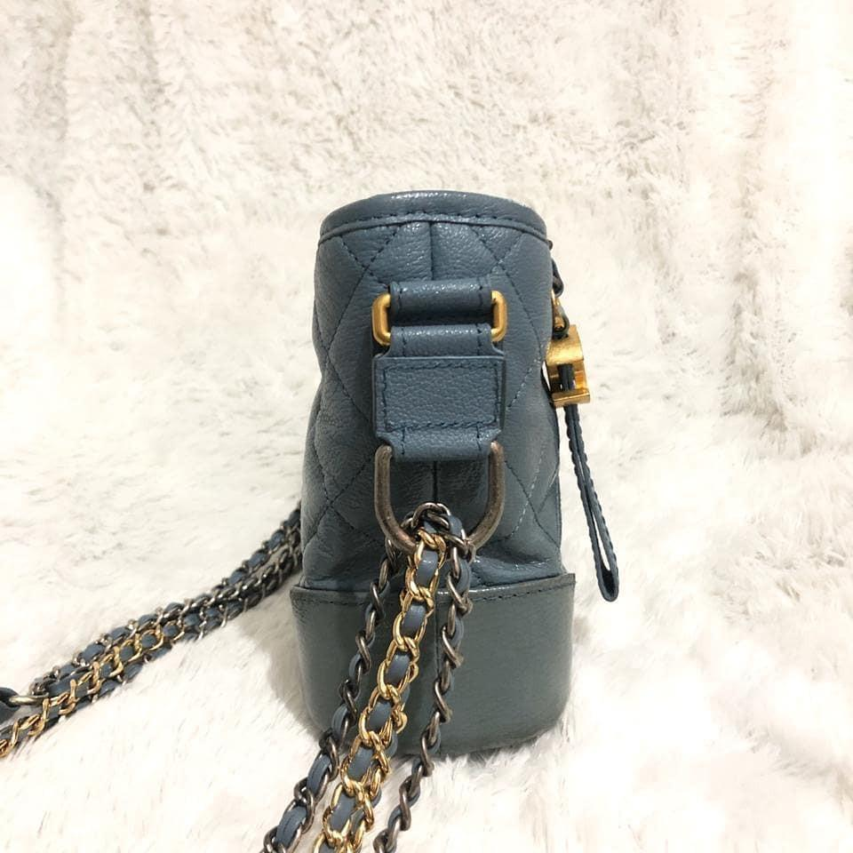 Chanel Bag Gabrielle Blue Limited Edition CHW, made in Italy, bahan full kulit asli, second Like New 98% mulus no deffect, Size 20x8x15cm