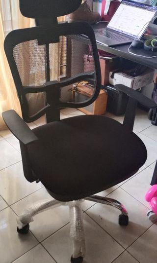 Kursi direktur / kursi kerja