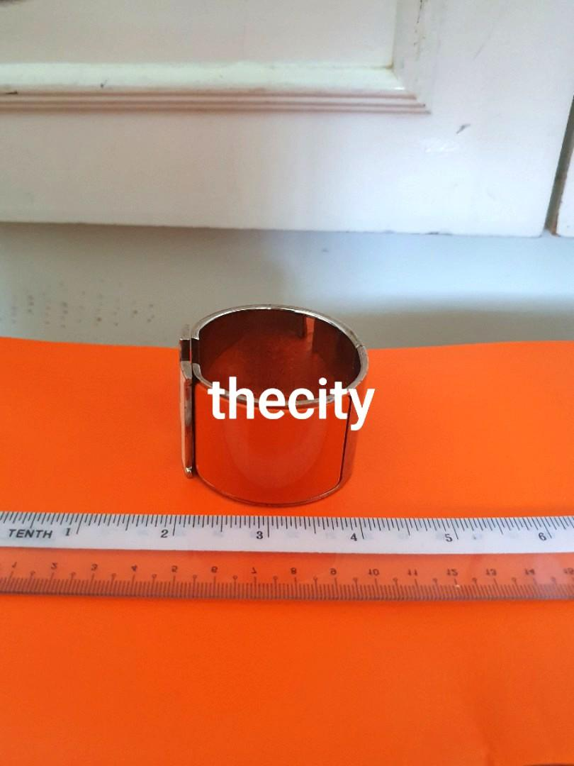 AUTHENTIC HERMES BIG H LOGO BRACELET - ORANGE COLOR , WHITE H LOGO - SILVER HARDWARE- OVERALL OK, CAN SEND FOR FREE POLISHING AT HERMES - (RETAILS AROUND  RM 4000+)