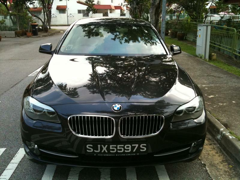 BMW 523i 523i 2.5 AT ABS D/AB 2WD 4DR GAS/D NAV Auto
