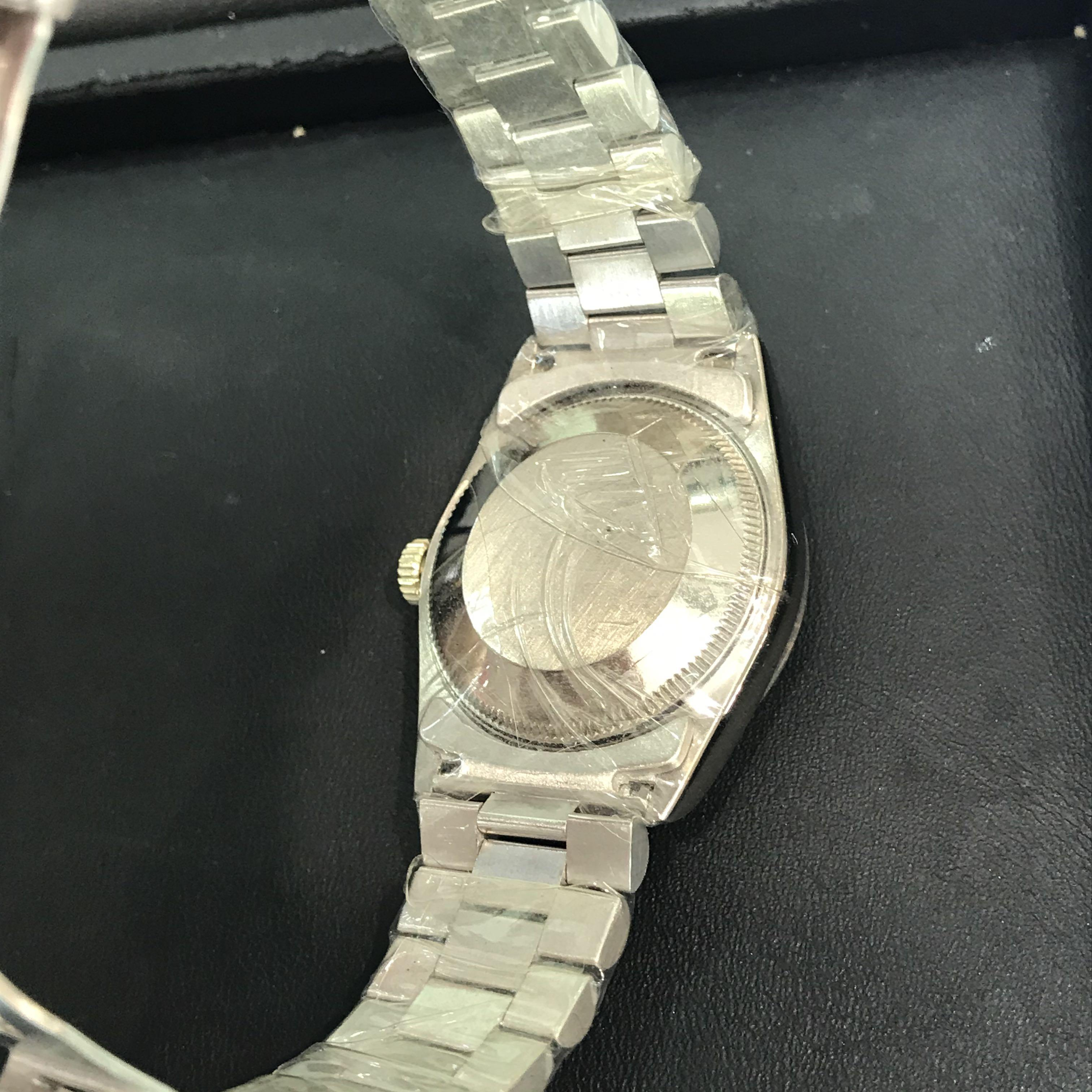 CLEARANCE SALES {Luxury Dress Watch - ROLEX} Authentic Solid 18K White Gold ROLEX Boy OYSTER PERPETUAL SUPERLATIVE CHRONOMETER OFFICIAL CERTIFIED 31mm Pearl Roman Number Dial Model 68279 With Solid Original 18K White Gold Jubilee Bracelet & 18K W/G Bezel