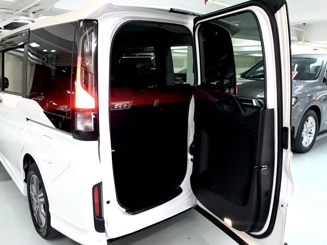 Honda Stepwagon 2.0 Hybrid Spada RP5 Auto