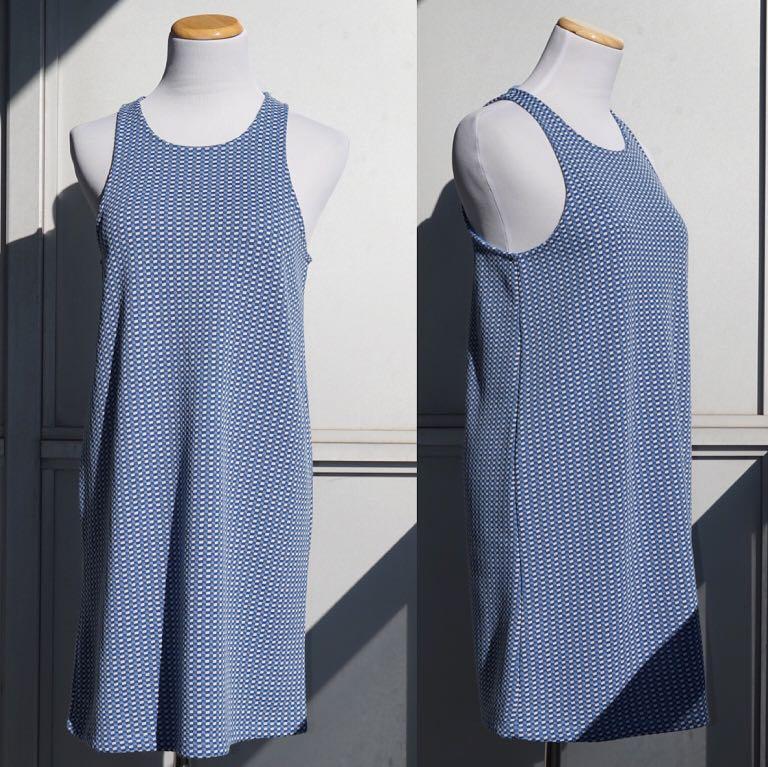 NWOT ZARA Jacquard Mini Blue Dress with Open Back Size M