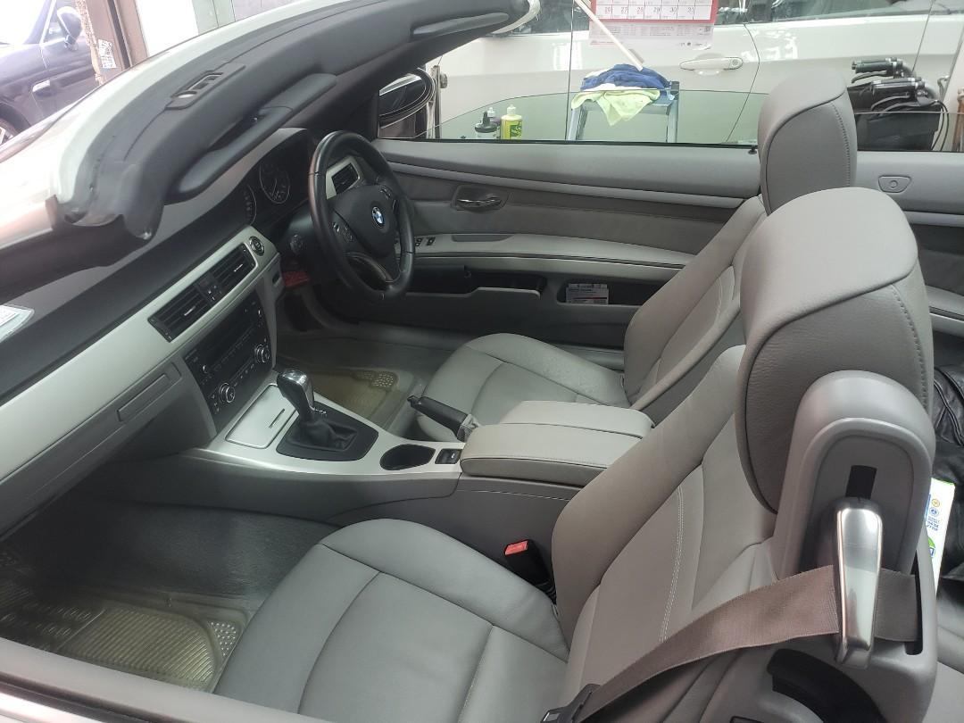 BMW 323i Cabriolet (A)