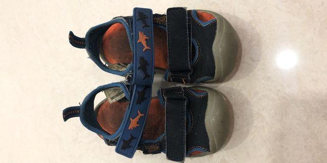 Sepatu sendal anak osh kosh asli original