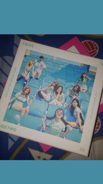 Album TWICE - PAGE TWO [Mini Album Vol. 2] [Limited Edition Mint Ver]