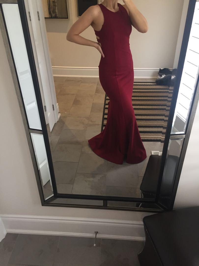 Burgundy maxi dress/prom dress, open back, never worn, size 6