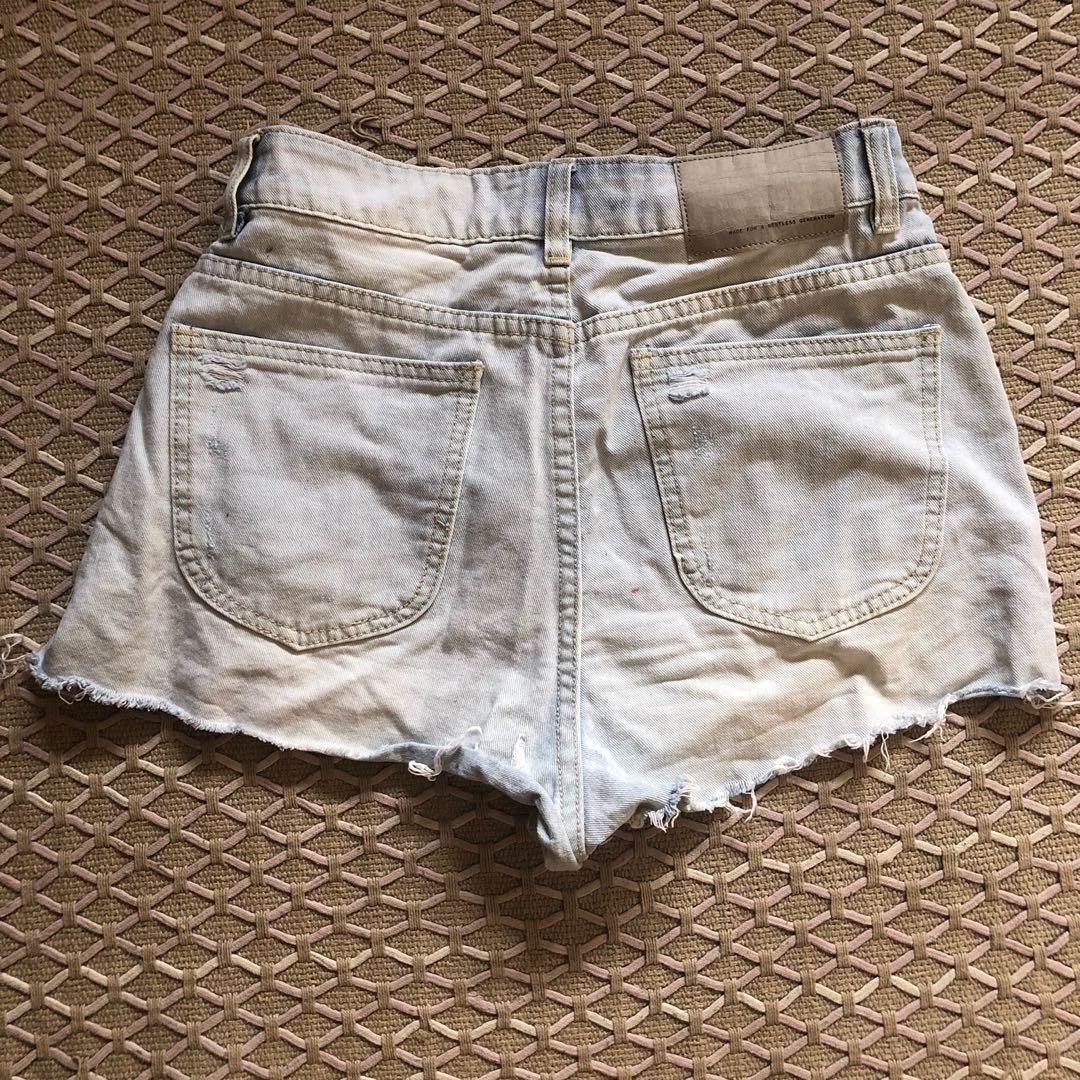 High waisted booty shorts