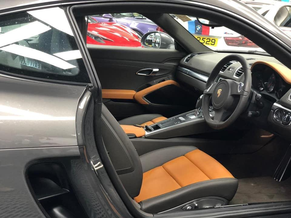 Porsche Cayman S Auto