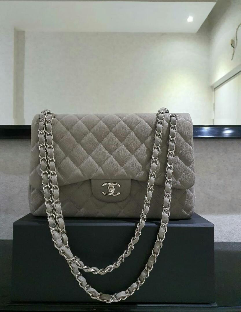 Preloved with Good Condition Chanel Jumbo Caviar Light Grey Shw #16 (Box only)