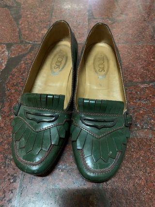 TOD'S專櫃正品豆豆鞋24.5cm