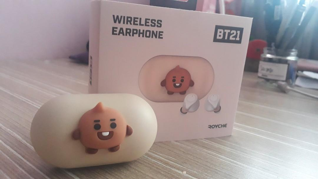 BT21 X Royche  baby wireless Bluetooth earbuds/earphone