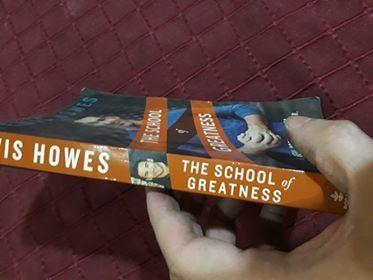 The School of Greatness: A Real-World Guide to Living Bigger, Loving Deeper, and Leaving a Legacy by Lewis Howes