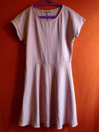 Dress panjang selutut merk minimal