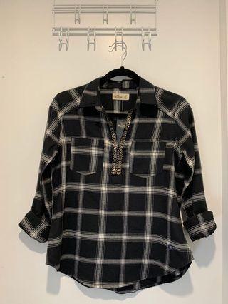 NWT Hollister B&W Beaded Shirt
