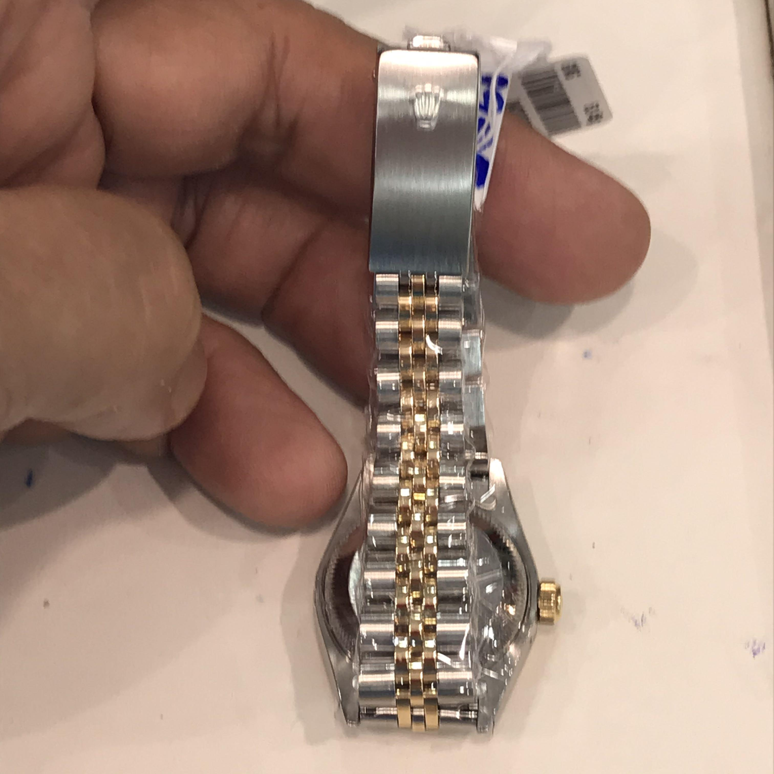CLEARANCE SALES {Luxury Dress Watch - ROLEX} Classy Half Gold Authentic ROLEX Ladies OYSTER PERPETUAL DateJust 26mm Champagne Rhodium Diamonds Dial Model 69173 Come With Original Gold Bezel & Half Gold Bracelet - No Pin Hole - Best Buy
