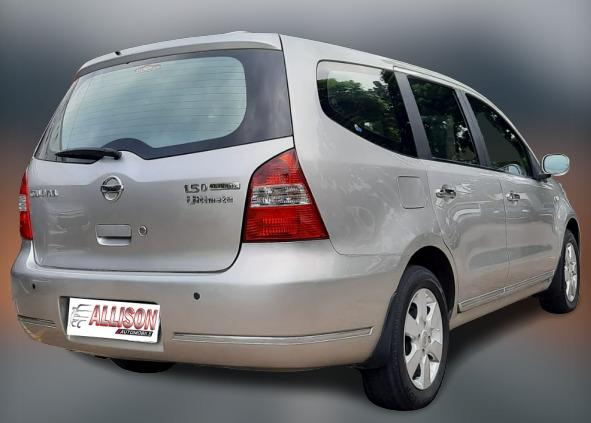 Nissan Grand Livina 1.5 XV AT Ultimate 2010 Silver No pol Genap