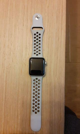 apple watch 3(NIKE)GPS 38mm  90%新 附原裝全新錶盒加一條全新原裝錶帶