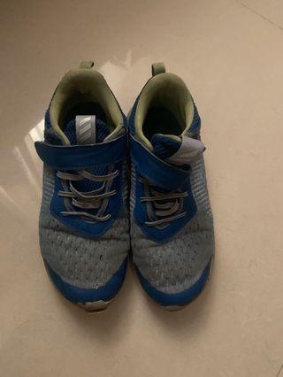 Adidas愛迪達布鞋 球鞋 健走鞋
