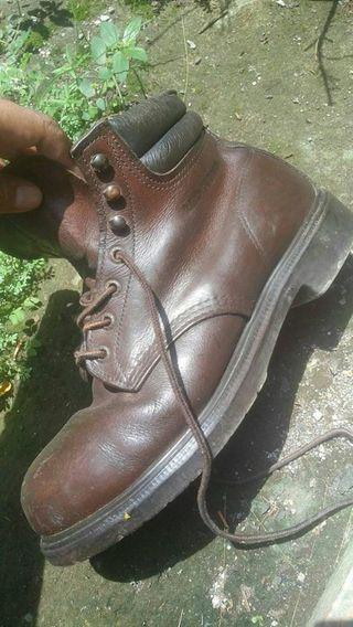 Sepatu redwing red wing 2245 size 41 fit 42 43