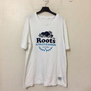 Roots 超級好看的白色大學T 因為衣櫃爆炸 所以便宜賣 原價貴貴 買到賺到喔