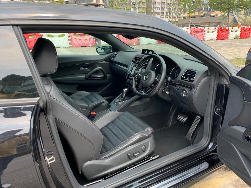 Volkswagen Scirocco R TSI DSG (A)
