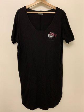 OVKLAB Love Bang 黑色 長版 短袖 上衣 T-shirt