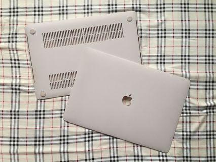 "MacBook Pro 15"" 奶油殼"