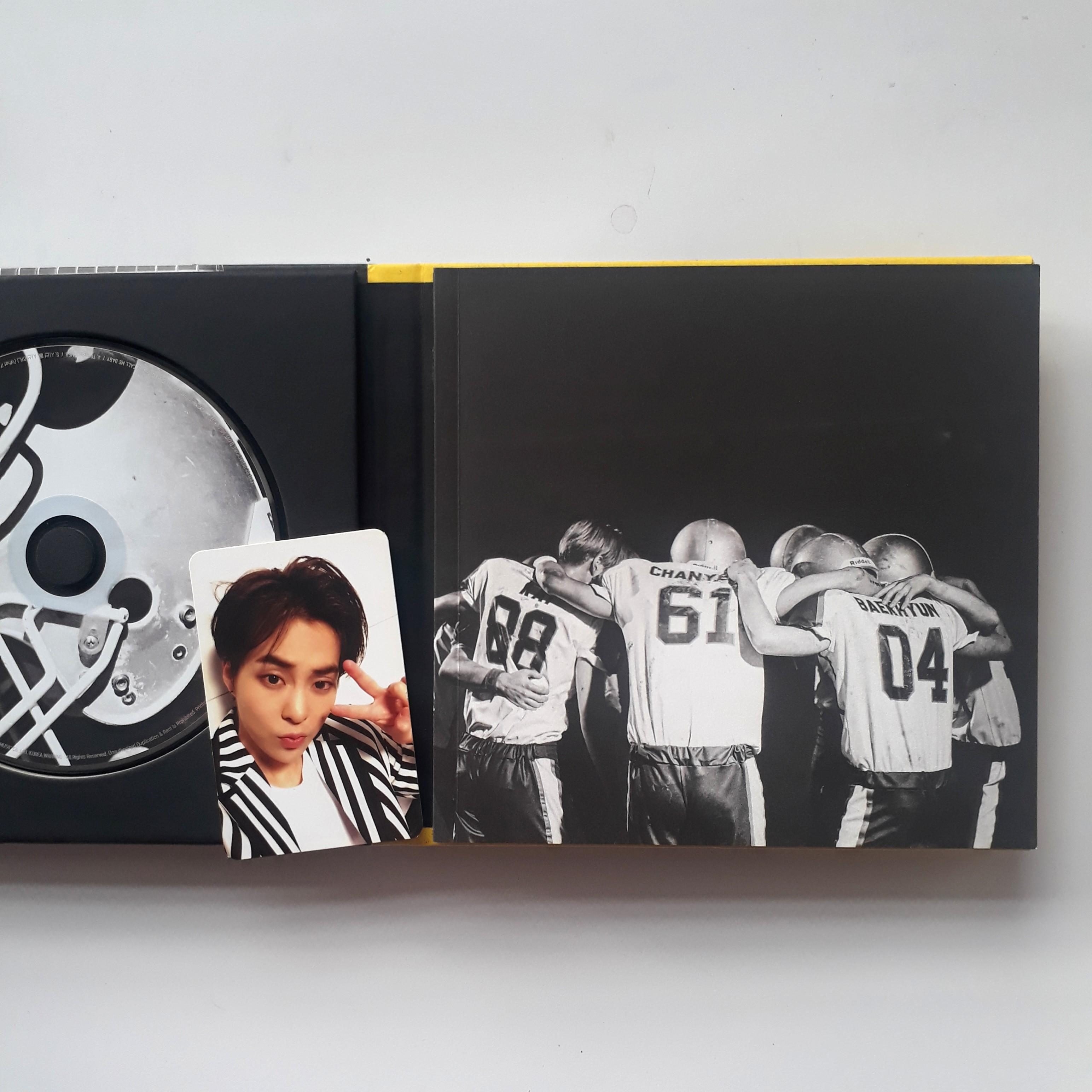 EXO 2nd Album (Repackaged) - Love Me Right (M.ver)