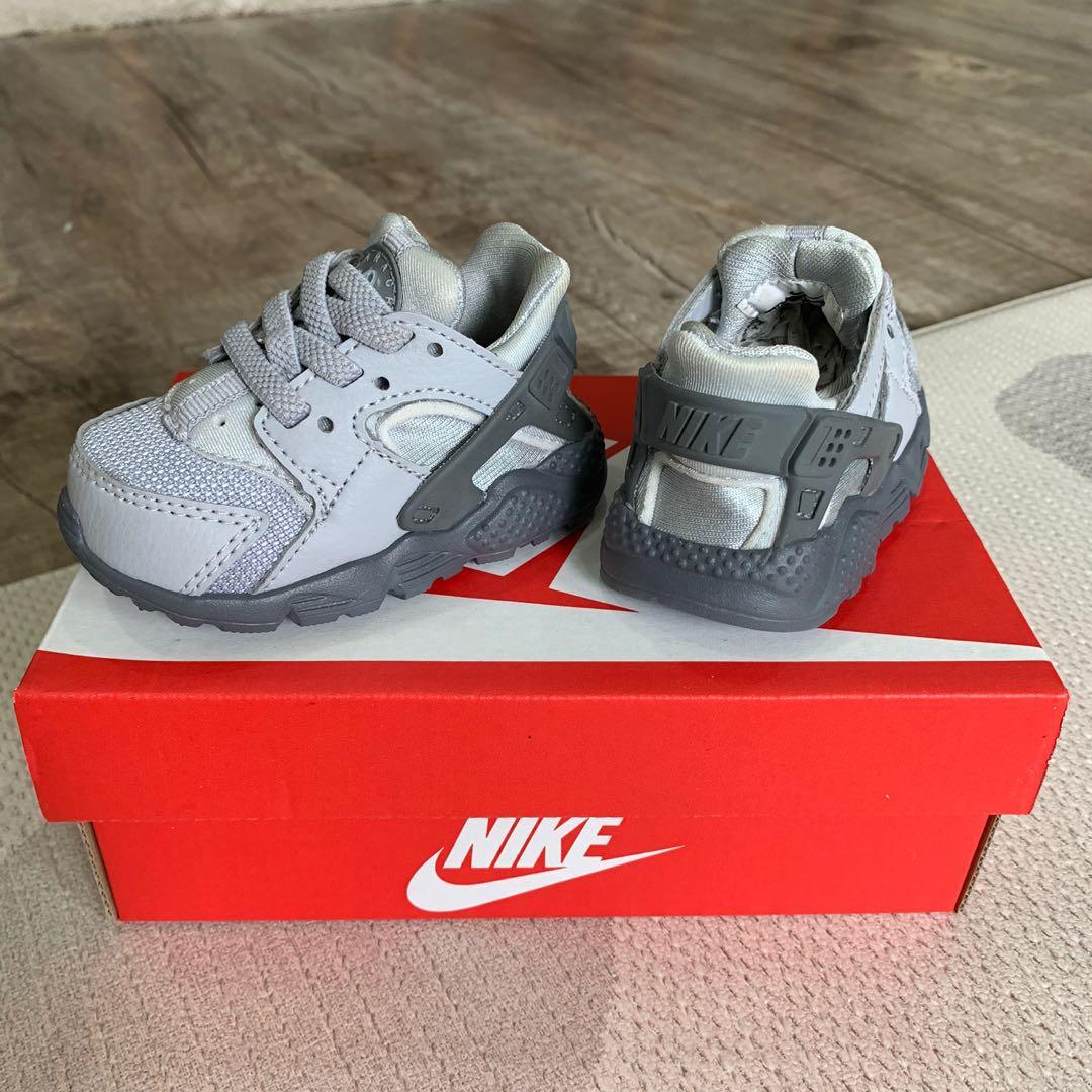 Palpitar Voluntario Alentar  Nike Air Huarache Kids, Babies & Kids, Boys' Apparel, 1 to 3 Years on  Carousell
