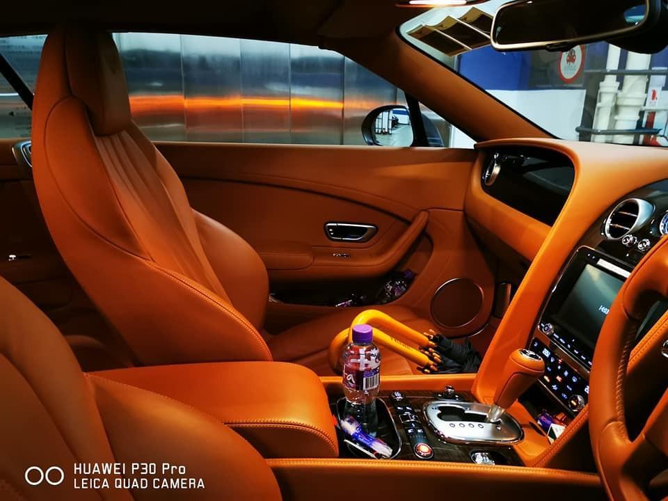 Bentley Continental GTC V8 4.0 Auto