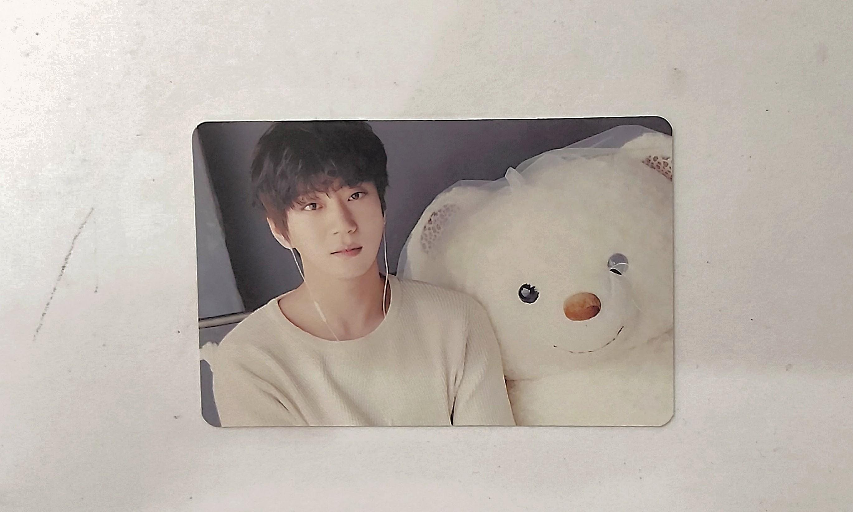 Hwang Chi Yeul- Be Ordinary official album+photocard+poster
