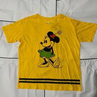Kaos Uniqlo Mickey Mouse