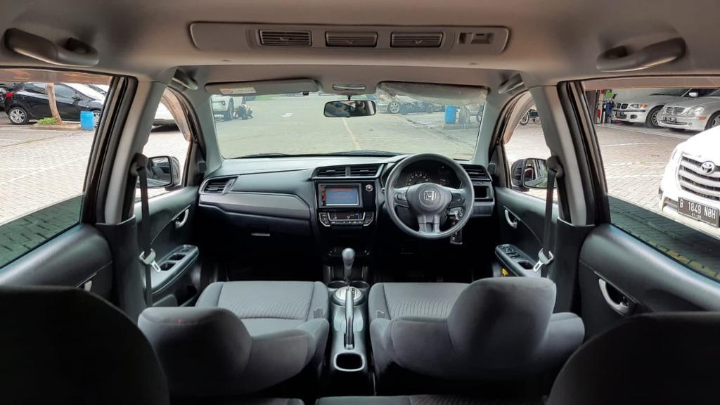 Honda Mobilio RS AT 2016 Hitam Istimewa Dp 40,7 Jt No Polisi Genap