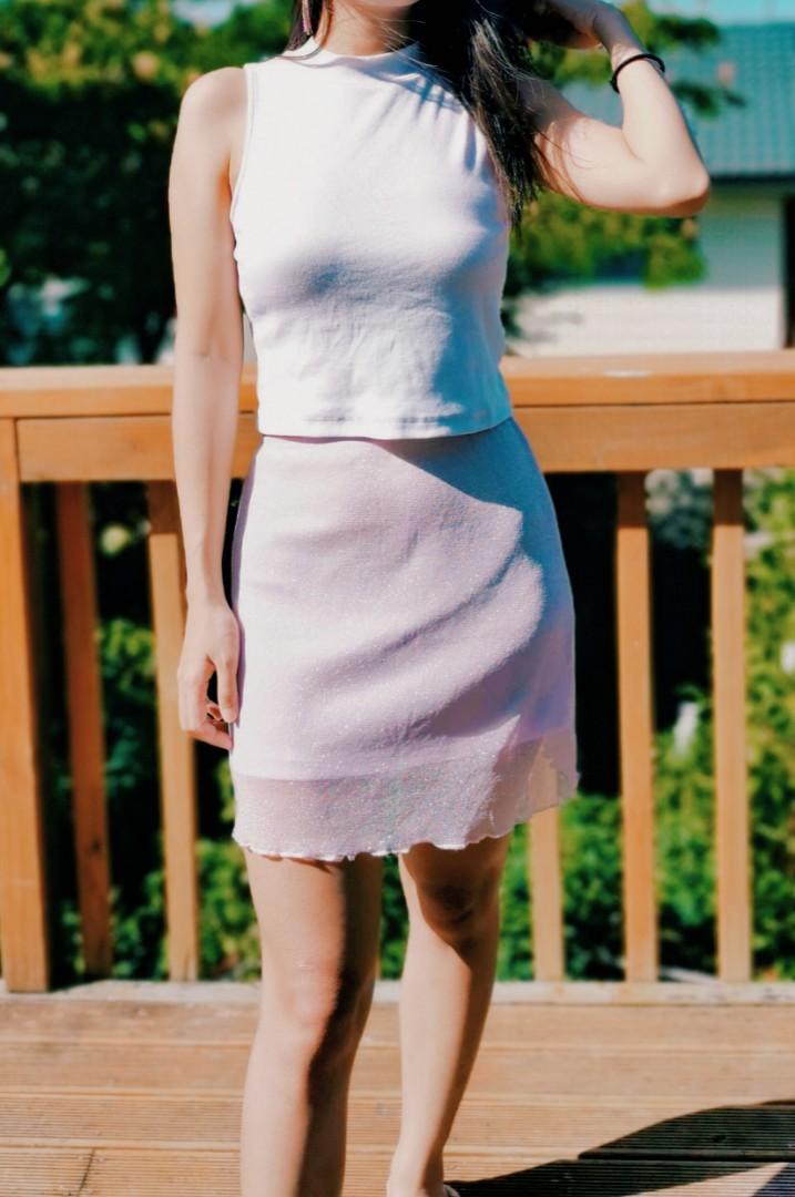 Sparkling pink skirt
