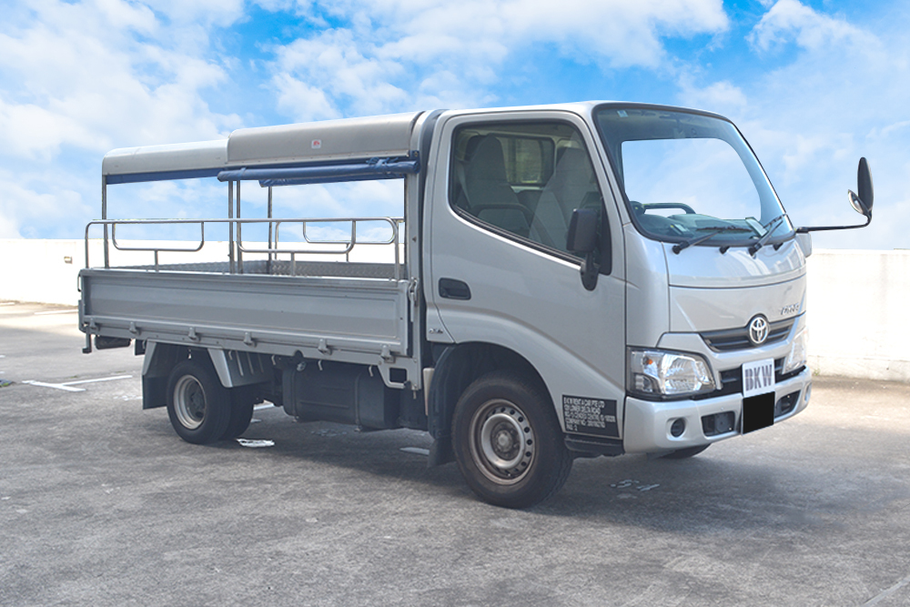 🚚 COMMERCIAL LORRY TOYOTA DYNA 2017 LORRY RENTAL (BKW)