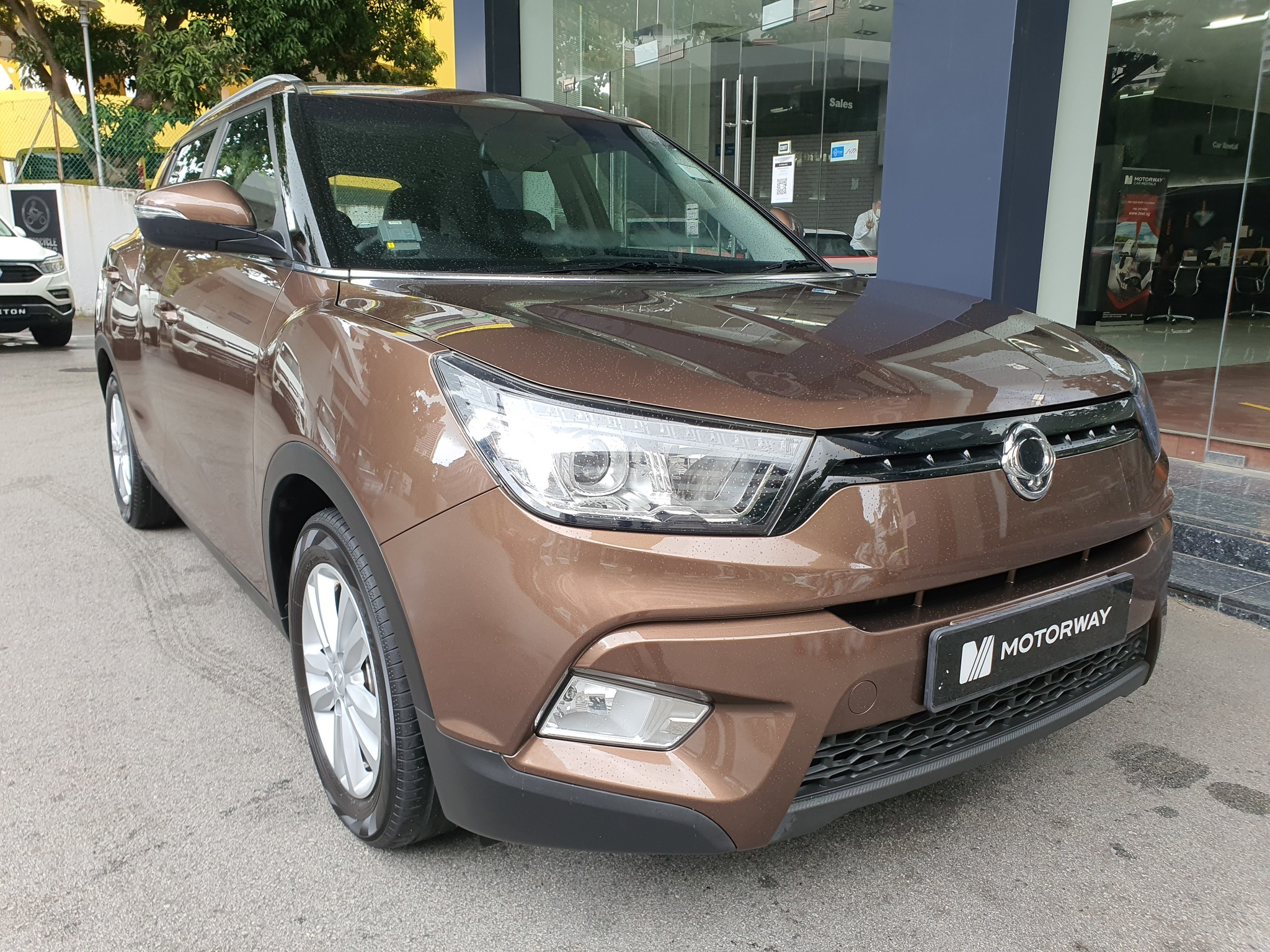 SSANGYONG TIVOLI 1.6G 6AT ABS 2WD