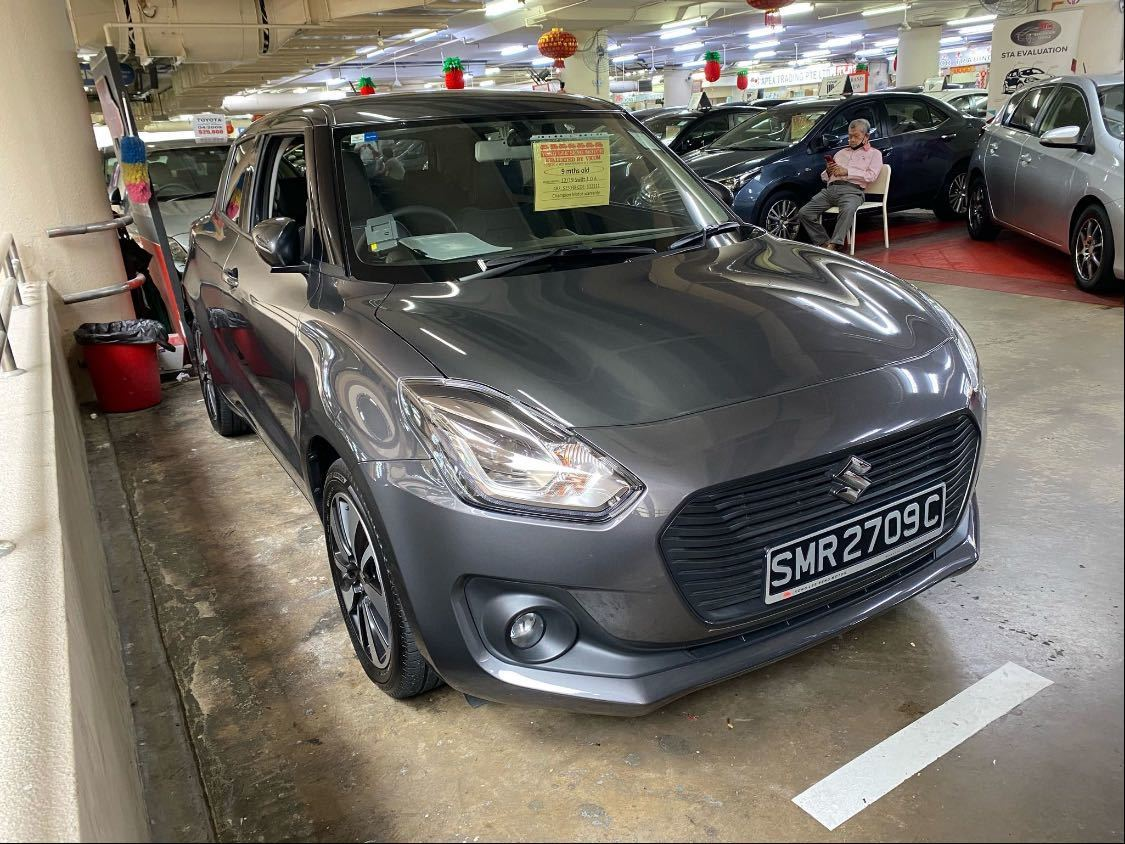 SUZUKI SWIFT 1.0T GLX AT
