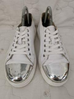 DR MARTENS Alexei All White Sneakers 6UK.