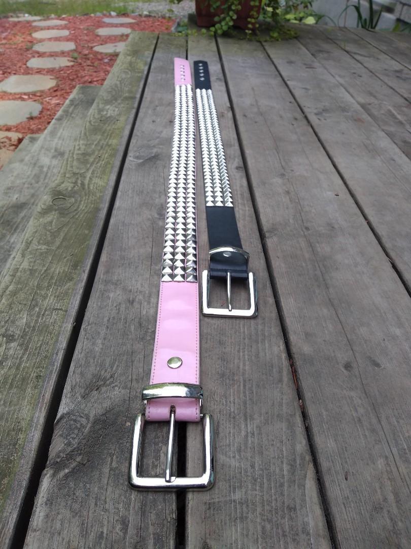 Genuine leather triple row pyramid studded belt (Black)